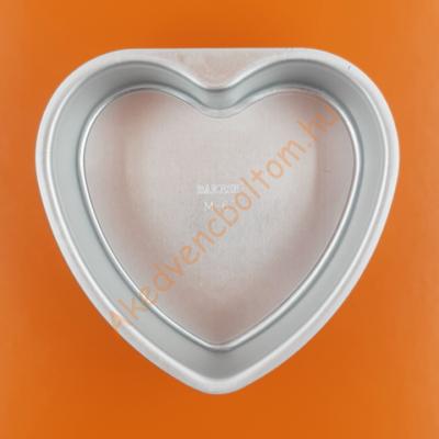 Kivehető aljú szív tortaforma 20cm